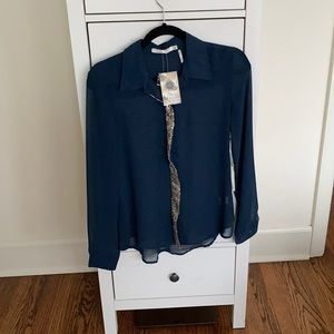 Teal sequin detail blouse. NWT. Size medium.